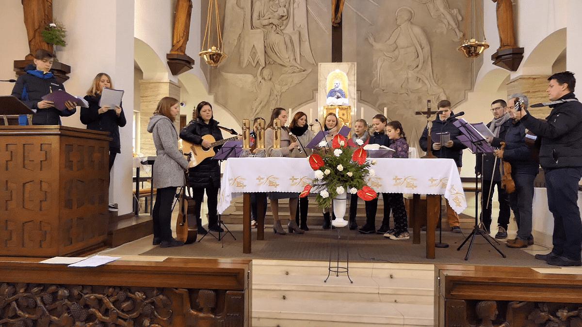 Křížová cesta v Tasovicích